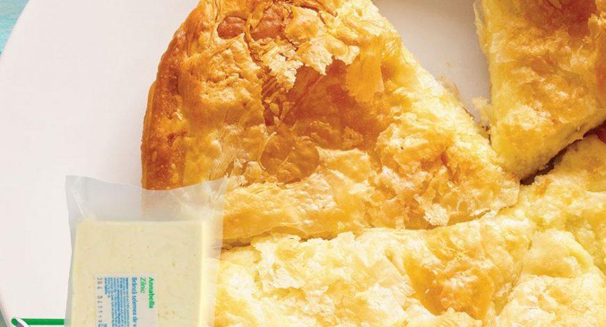 Plăcintă_cu_brânză